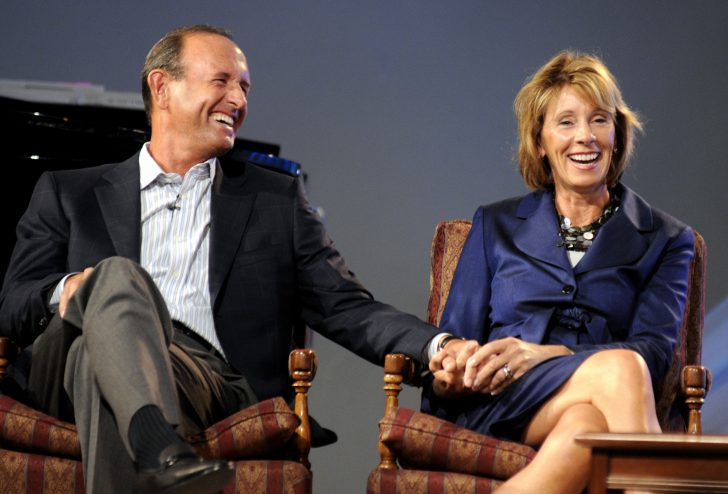 Betsy DeVos is married to Dick DeVos since 1980.