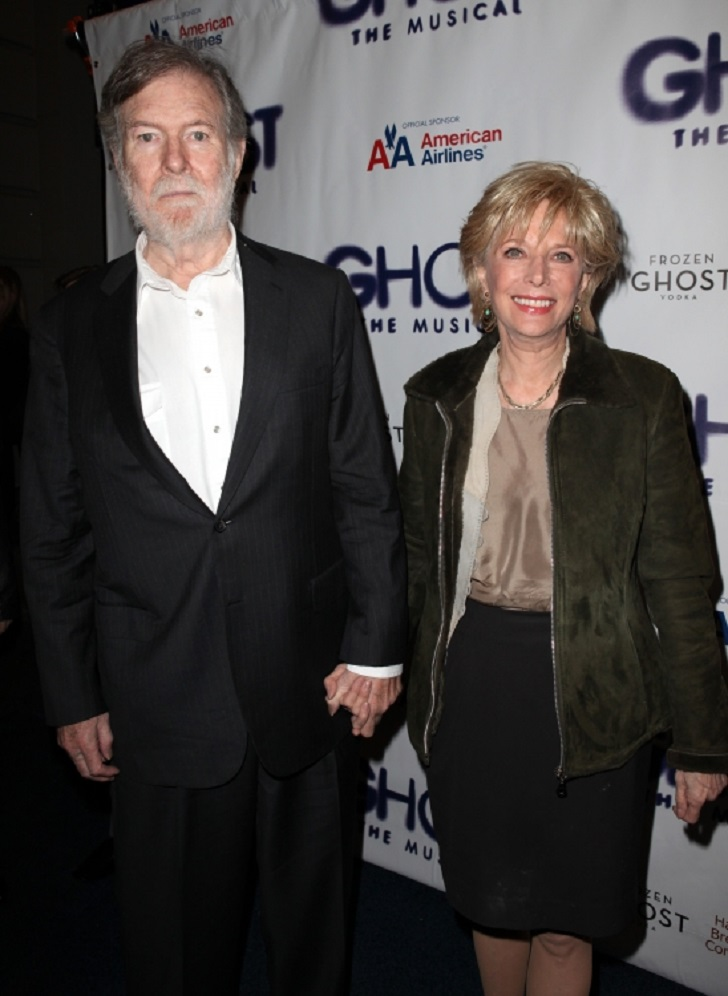 Leslia Stahl with her husband. The couple has a son named Taylor.