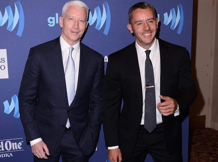 Anderson Cooper is a gay and this man is in relationship with Benjamin Maisani for the last 7 years.