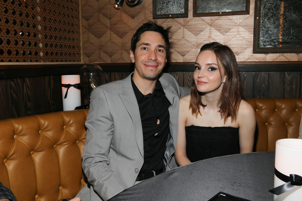 Justin Long and Lauren Mayberry are dating since 2016.
